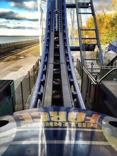 Roller Coaster Park, Scary Roller Coasters, Cool Coasters, Amusement Park Rides, Cedar Point, Carnivals, Universal Orlando, Garage Storage, Road Trips