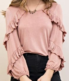 Pink long sleeve top with round neck. Small ruffles on the front of top going down to the arms. Lots of stretch to this top. Muslim Fashion, Hijab Fashion, Fashion Dresses, 80s Fashion, Kurta Designs Women, Blouse Designs, Bluse Outfit, Hijab Stile, Stylish Dresses For Girls