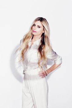 Fashion Icon - Laura Bailey - monstylepin #fashion #icon #celebrity #style #laurabailey
