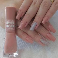 Semi-permanent varnish, false nails, patches: which manicure to choose? - My Nails Square Acrylic Nails, Best Acrylic Nails, Square Nails, Acrylic Nail Designs, Perfect Nails, Gorgeous Nails, Stylish Nails, Trendy Nails, Nude Nails