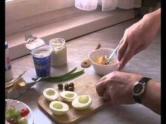 Húsvéti olivabogyós töltött tojás készítése Pudding, Desserts, Food, Tailgate Desserts, Deserts, Custard Pudding, Essen, Puddings, Postres