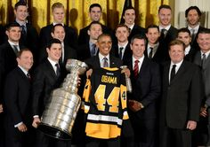 U.S. President Barack Obama (C) holds a jersey from the National Hockey League Pittsburgh Penguins, winners of the 2016 Stanley Cup, in the East Room of the White House, in Washington, October 6, 2016. Attending are (front L-R) NHL Commissioner Gary Bettman, Penguins Captain Sidney Crosby, Coach Mike Sullivan and owners Ron Burkle and Mario Lemieux.     REUTERS/Mike Theiler       TPX IMAGES OF THE DAY      via @AOL_Lifestyle Read more…