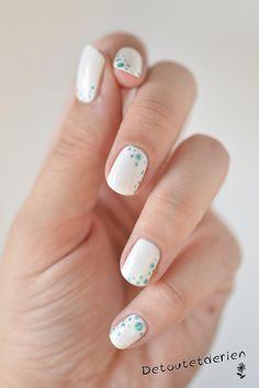 tuto nail art blanc et pois