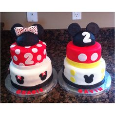 mickey and minnie mouse cake @April Howard -- Mom could do it!