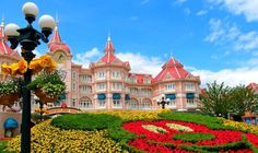 Disneyland Paris Hotels - http://interhdb.com/destinations/europe/france/disneyland-paris-hotels