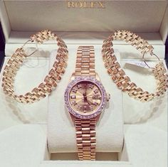 lemme-holla-at-you: champagne-diamondsz: klasszik: Rolex has the best watches. Jewelry Box, Jewelery, Jewelry Watches, Gold Jewellery, Handbag Accessories, Jewelry Accessories, Luxury Jewelry, Luxury Watches, Men's Watches
