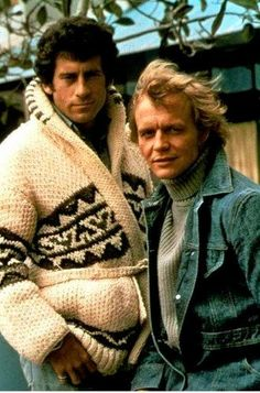 40 years on and I still felt like a teenager when I met Paul Michael Glaser (Starskey) - Lovely Man.STARSKY and Hutch CARDIGAN sweater TV series by CampKitschyKnits. Paul Michael Glaser, Tv Vintage, Vintage Cars, 1970s Childhood, My Childhood Memories, Movies And Series, Tv Series, Serie Tv, Mejores Series Tv