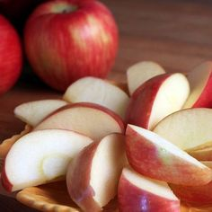 Keep Your Apple and Pear Slices from Browning