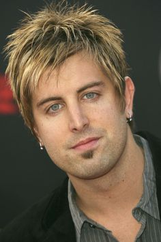 Jeremy Camp Photos - Singer Jeremy Camp arrives at the 2007 American Music Awards held at the Nokia Theatre L. Christian Music Artists, Christian Singers, Christian Videos, Christian Artist, Christian Quotes, Music Ed, Music Bands, Hollywood Songs, Jeremy Camp
