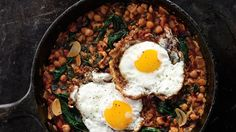Spinach with Chickpeas and Fried Eggs Recipe