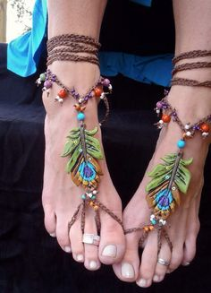 BOHEMIAN barefoot sandals PEACOCK FEATHER for many occasions made to order festival hippie hula hooping belly dance yoga my-style Gypsy Style, Hippie Style, Head Band, Estilo Hippie, Looks Chic, Hippie Gypsy, Bare Foot Sandals, Anklets, Barefoot