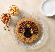Get the kids involved while you prep Thanksgiving dinner. Bake up one of our Giant Cookies and let them decorate with candy corn, chocolates, and frosting.  www.pamperedchef.biz/JenGrimes, Jen Grimes, Independent Consultant with The Pampered Chef, Schaumburg, IL