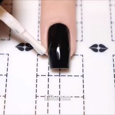 nail art videos * nail art designs ` nail art ` nail art designs for spring ` nail art videos ` nail art designs easy ` nail art designs summer ` nail art diy ` nail art tutorial Nail Art Hacks, Nail Art Diy, Easy Nail Art, Cute Nails, Pretty Nails, Pretty Eyes, Nails Factory, Nail Art Stencils, Nagellack Design