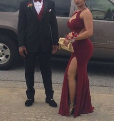 Prom Dress Princess, Burgundy Sheath Crew Keyhole Side Split Backless Prom Dress with Pleats Shop ball gown prom dresses and gowns and become a princess on prom night. prom ball gowns in every size, from juniors to plus size. Prom Dresses 2016, Prom Outfits, Elegant Bridesmaid Dresses, Backless Prom Dresses, Tulle Prom Dress, Mermaid Prom Dresses, Sexy Dresses, Maroon Prom Dress, Burgundy Prom Dresses