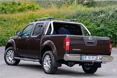 Nissan Navara Ultimate Edition : Une édition limitée à 100 exemplaires - via Nissan Aix-en-Provence www.nissan-couriant.fr