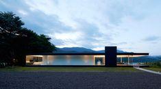 Lakeside House in Yamanashi, Japan