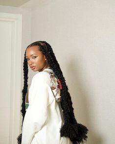 Black Girls Hairstyles, African Hairstyles, Pretty Hairstyles, Braided Hairstyles, Hair Inspo, Hair Inspiration, Hair Like Wool, Wig Styles, Aesthetic Hair