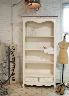 Gorgeous.  Painted Cottage Romantic Shabby Cream French Bookcase.