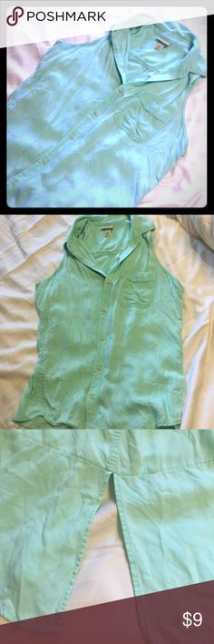 Mossimo button up Pretty mint green button up! Very soft cotton material with a fun slit in the back for some sass! Great condition, no flaws. Mossimo Supply Co. Tops Button Down Shirts