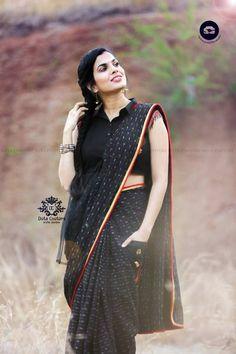 0b35eef9f8883e Telugu Singer Sravana Bhargavi Photos In Black Saree - Tollywood Stars