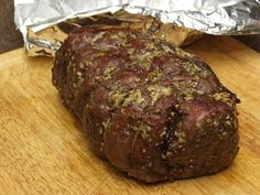 A top/inside-round roast is an economical, tasty and relatively tender cut that makes for a wonderful Sunday or special occasion dinner. Food Is Fuel, A Food, Outlander Recipes, Meals For Four, Roast Beef Recipes, Catering Food, Cooking Recipes, Meal Recipes, Yummy Recipes