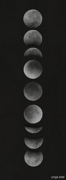 This moon phases yoga mat makes a peaceful addition to your daily yoga routine. Inspired by a beautiful night under the stars and the cycles of the moon as an art form, this yoga mat adds peaceful ser