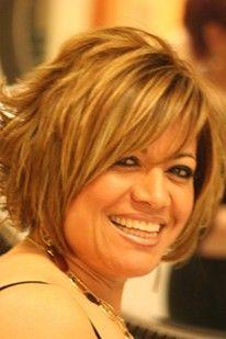 short fashionable haircut for mature women