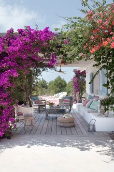 Gorgeous vacation house with florals. | Things That Have Charmed Me Lately: V. 4 | Isn't That Charming