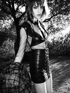 Clash of the Tartans - Top model Daphne Groeneveld struts her stuff in the 80s-inspired 'Clash of the Tartans' fashion story for Vogue Netherlands. Gracing th...