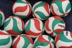 Volleyball Poses, Usa Volleyball, Haikyuu Volleyball, Hinata Shouyou, Kenma Kozume, Oikawa Tooru, Wakatoshi Ushijima, Molten Volleyball, Ichigo Y Rukia