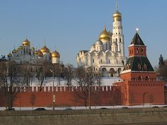 Кремљ спрема санкције за ЕУ и САД - http://www.vaseljenska.com/vesti-dana/kremlj-sprema-sankcije-za-eu-sad/