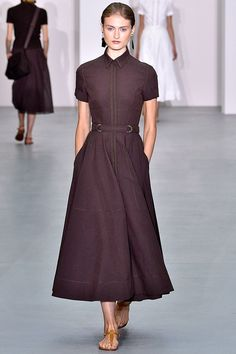 Jasper Conran, Royal Fashion, Fashion Show, Fashion Outfits, Modest Dresses Casual, Summer Dresses, Classy Street Style, Vintage Midi Dresses, Event Dresses