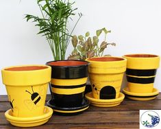 Painted Bee Planter Set Yellow and Black Desk Planter Clay Flower Pots, Flower Pot Crafts, Clay Pot Crafts, Bee Crafts, Clay Pots, Decorated Flower Pots, Painted Flower Pots, Painted Pots, Painted Pebbles