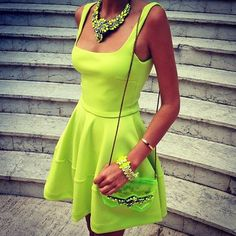 neon source:Palace of the Fashionista
