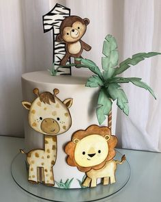 Jungle Birthday Cakes, Jungle Theme Cakes, Safari Theme Birthday, Animal Birthday Cakes, Safari Cakes, Baby Boy 1st Birthday Party, Baby Shower Cakes, Safari Party Decorations, Six Flags