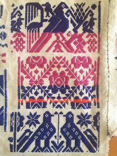 Hilos en nogada, Pahuatlan, Sierra negra, Pueblo mágico, Puebla, tradición,artesanías, Otomi, tenango, colores, gastronomía, mole, hormigas chicales