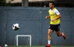 Rafael Longuine ganha oportunidade, e Patito volta ao time titular do Santos  http://santosjogafutebolarte.comunidades.net/seu-placar-de-santos-x-mogi-mirim