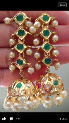 India Jewelry, Temple Jewellery, Pearl Jewelry, Wedding Jewelry, Antique Jewelry, Jewelery, Gold Jewellery, Gold Earrings Designs, Jewelry Patterns