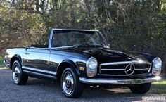 RM Sotheby's is the number one classic car and investment quality auction house in the world. We specialize in rare antique, classic, and sports & racing cars. Mercedes Sport, Mercedes Benz Cars, Retro Cars, Vintage Cars, Antique Cars, M Benz, Classic Mercedes, My Ride, Chevrolet Corvette