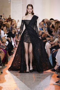 ELIE SAAB Haute Couture Autumn Winter 2018-19