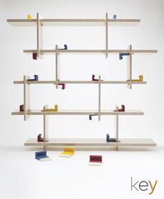 KEY Par Yohann Hewack Promo 2017  Bibliothèque  #ecolebleue #ecolebleueglobaldesign #designglobal #globaldesign #design #designer #youngdesigner #jeunedesigner  #bibliothèque #bois #wood