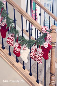 Christmas stocking countdown garland