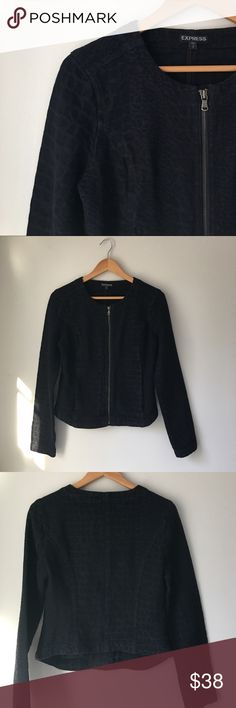 "Express Snake Print Denim Jacket Black snake print stretch denim jacket by Express. Zip front closure. 2 front side pockets. Collarless neckline. 100% cotton. Bust: 18 1/2"" Length: 22"" Size S. Excellent used condition. Express Jackets & Coats Jean Jackets"