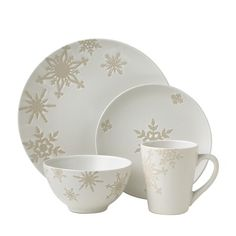 Dinnerware Depot - Dinnerware Sets Fine China Dishes Tableware for Sale - Vietri Snowflake Serveware Retired - HOT DEAL | 5th Birthday | Pinterest ...  sc 1 st  Pinterest & Dinnerware Depot - Dinnerware Sets Fine China Dishes Tableware ...