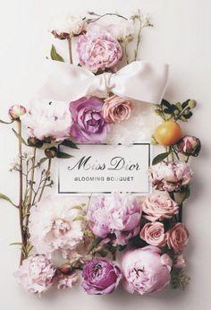 Miss Dior perfume bottle cake Parfum Dior, Miss Dior Blooming Bouquet, Purple Lilac, Pink, Bottle Cake, Lady Dior, Flower Art, Scented Candles, Flower Arrangements
