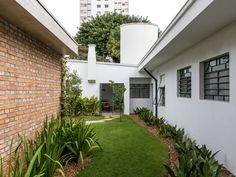 Gallery of CSF House / Felipe Hess - 6