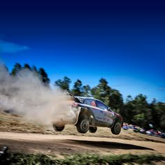 In WRC Australia Rally, jump and landings are the daily routine - 점프와 착지를 수시로 반복해야 하는 WRC 호주 랠리 - #jump #high #landing #repeat #daily #routine #keepgoing #gofaster #bluesky #gravel #run #race #carwithoutlimits #i20WRC #Australia #Rally #motorsport #WRC #Hyundai