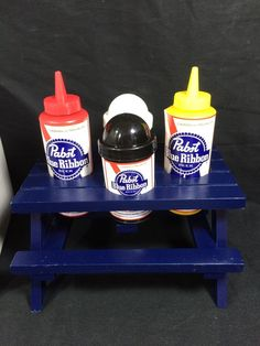 Pabst Blue Ribbon PBR Beer Condiments Picnic Table Salt Pepper Shaker Set New