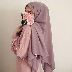 Casual Hijab Outfit, Hijab Chic, Hijab Dress, Niqab Fashion, Muslim Fashion, Modest Fashion, Hijabi Girl, Girl Hijab, Muslim Girls