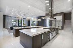 Luxury Kitchen Design, Luxury Kitchens, Home Kitchens, Tuscan Kitchens, Home Room Design, Dream Home Design, House Design, My Dream Home, Modern Mansion Interior